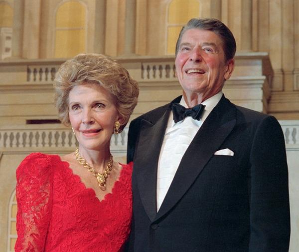 Рональд Рейган с супругой Нэнси
