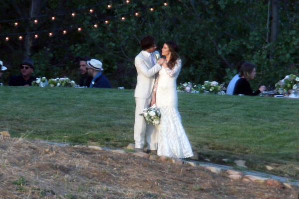 Свадьба Йена Самерхолдера и Никки Рид 26 апреля 2015 года фото со свадьбы