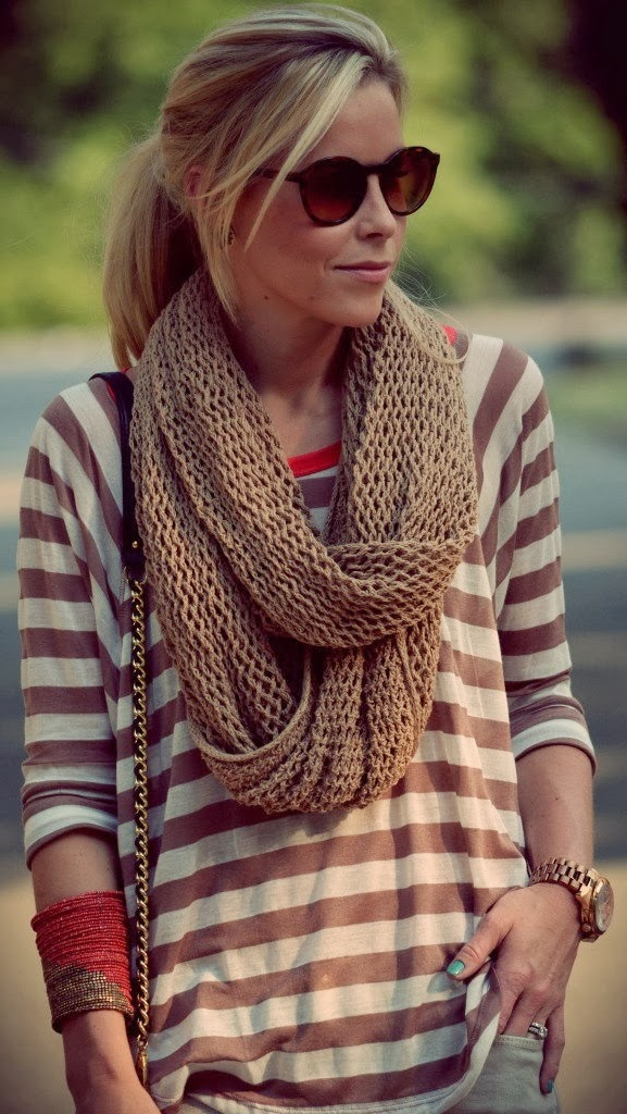 1+fall+street+style+with+infinity+scarf