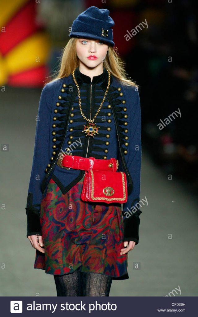 blonde-female-model-sasha-pivovarova-wearing-a-military-style-navy-cf036h