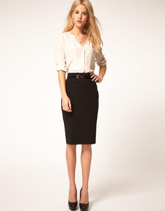 белая рубашка и юбка-карандаш лук образ для офиса фото