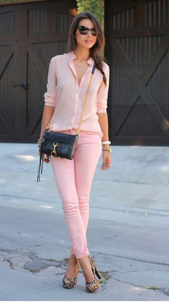 С чем надеть розовые штаны